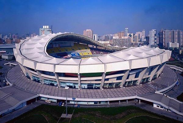 上海万人体育馆